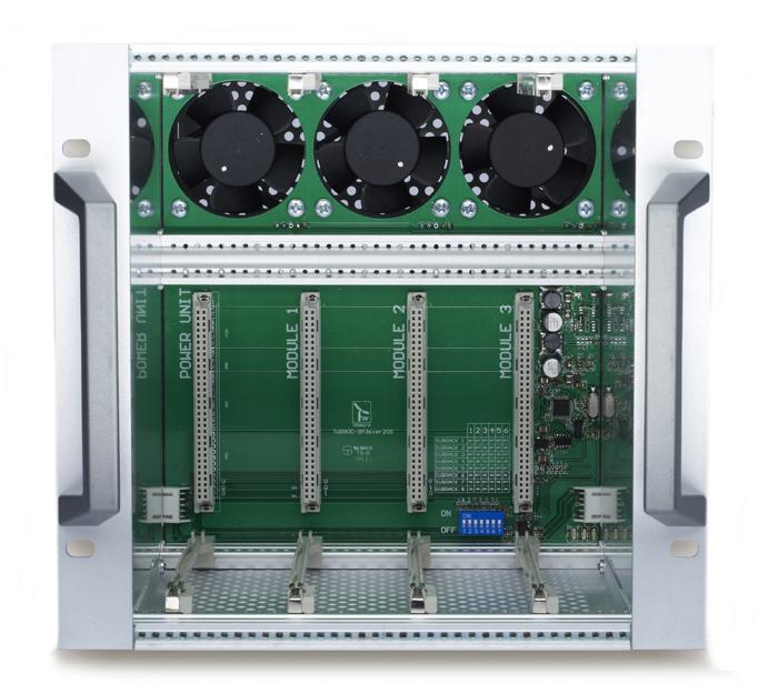 Trasmodulatore - Subrack ventilato con backplain di controllo moduli.