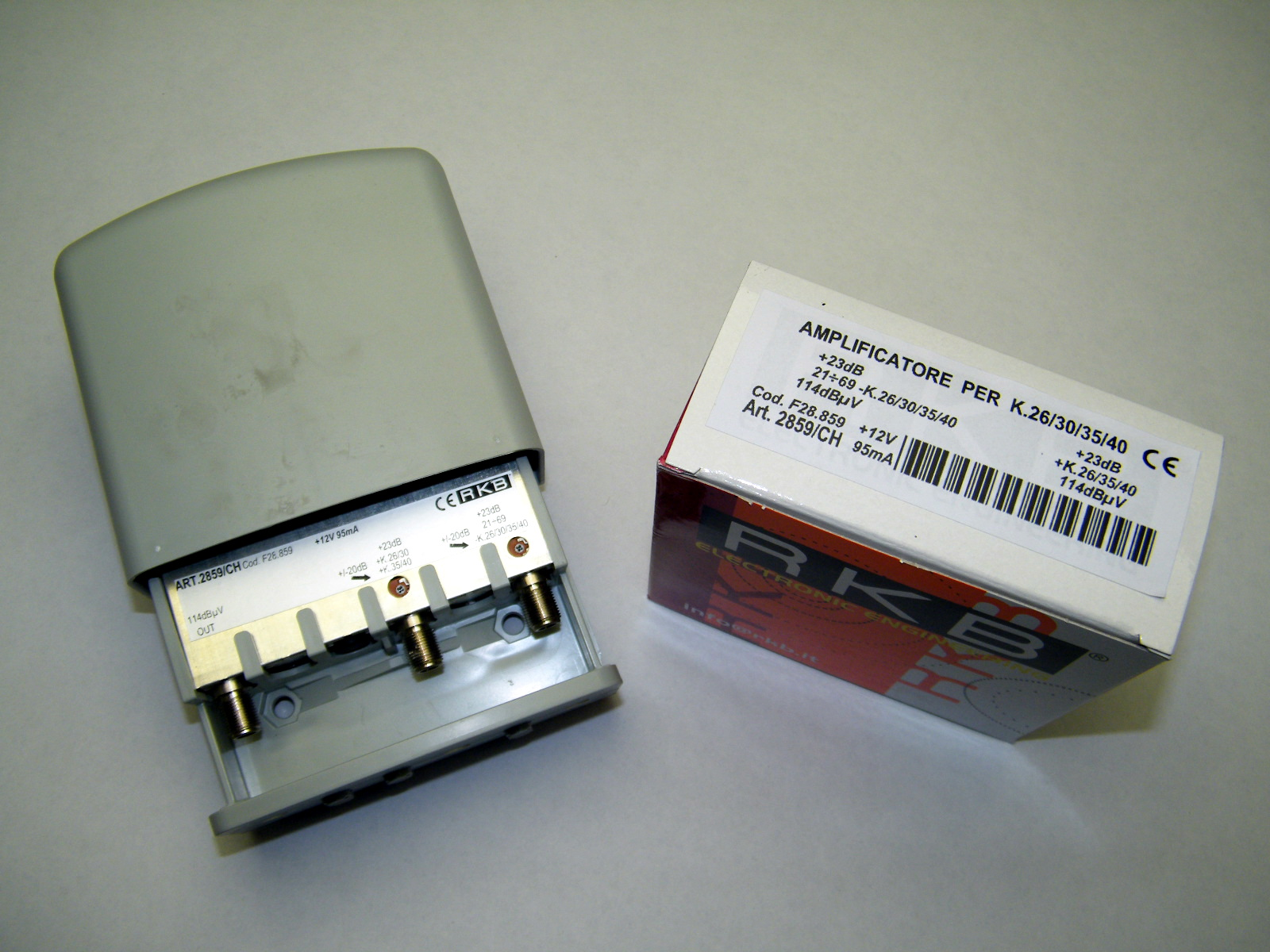 Amplificatore x 4 Mux Rai 26,30,35,40 23dB UHF-K/K 114dBuV 95mA 2859CH