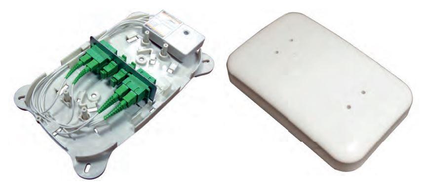 Contenitore per giunzione fibra ottica con alloggiamento per 8 bussole SC-APC